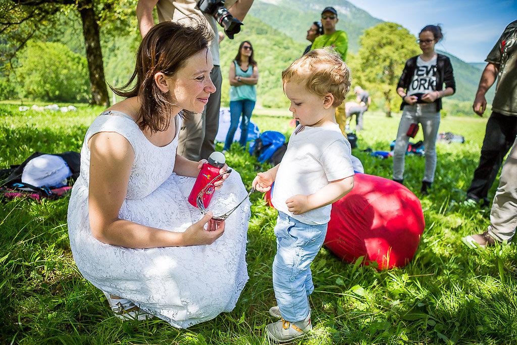 aix annecy bains france les paragliding photographer savoie wedding